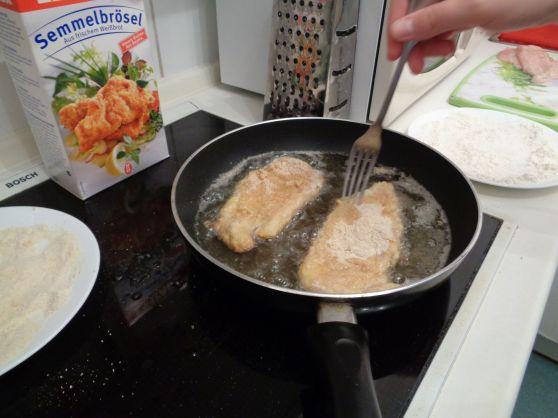 Making Schnitzel
